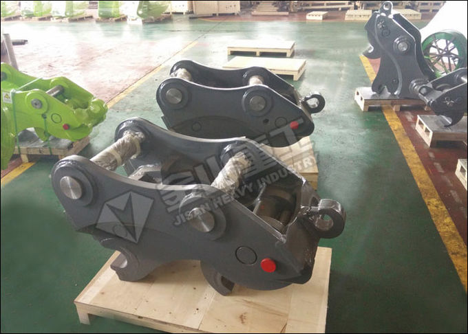 Heavy Duty Excavator Quick Coupler , Excavator Hydraulic Hitch For Komatsu PC300